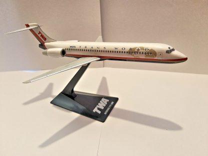 Boeing 717-200 TWA Model Side