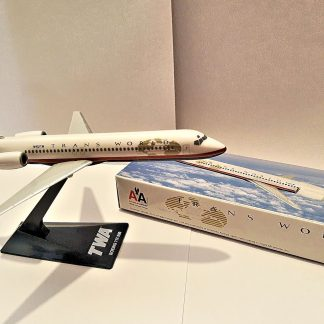 TWA Boeing 717-200 Model With Box