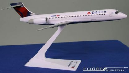 A Delta Air Lines Boeing 717-200 Model Sideviews