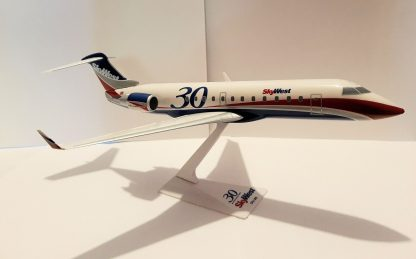 SkyWest 30th Anniversary Bombardier CRJ200 Model Sideview